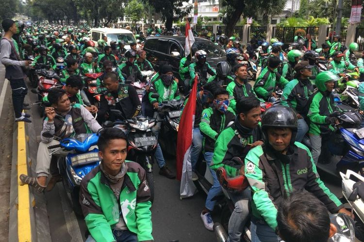 Ride-hailing app motorcycle drivers protest low fares