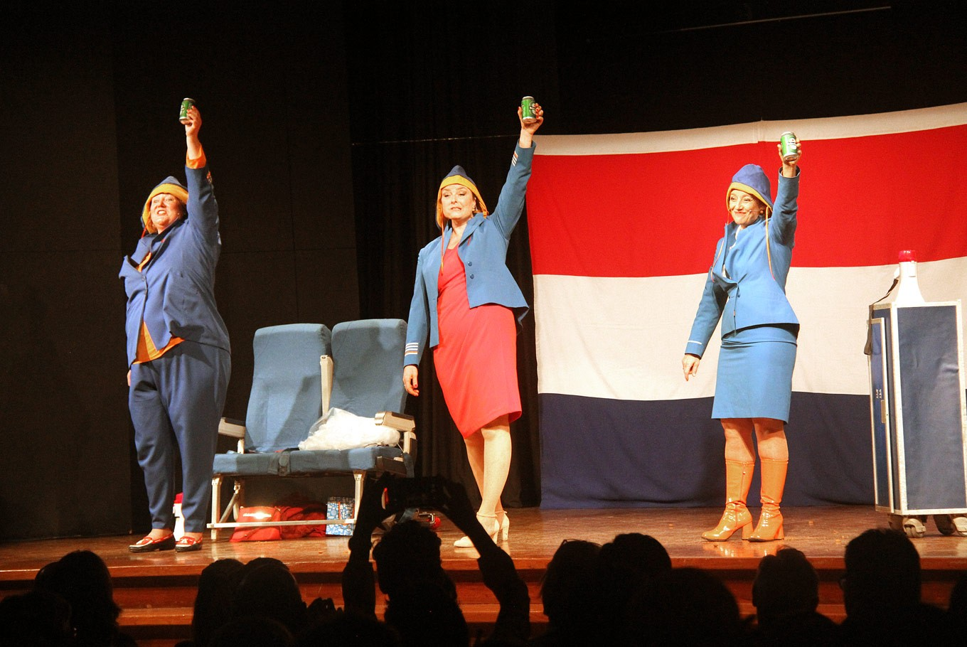 Dutch troupe satirizes nation for comedy cabaret