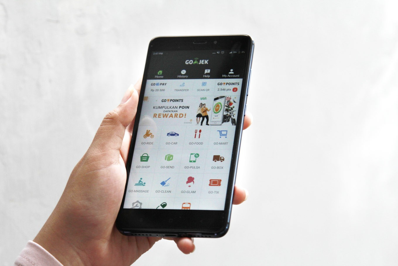 Go-Jek extends ride-hailing app to all Singapore consumers