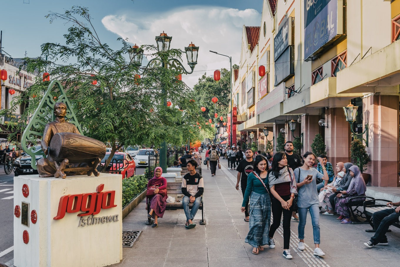 Yogyakarta to implement car-free policy at iconic Jl. Malioboro