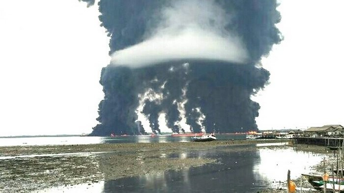 Pertamina, BPBD deny fire caused by oil spill clean-up