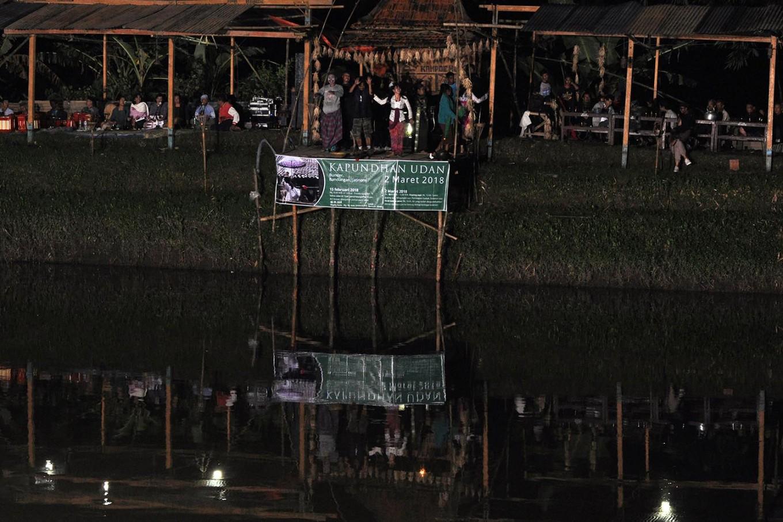 The main stage of the Kapundhan Udan festival, where villagers enjoy the performances. JP/Magnus Hendratmo
