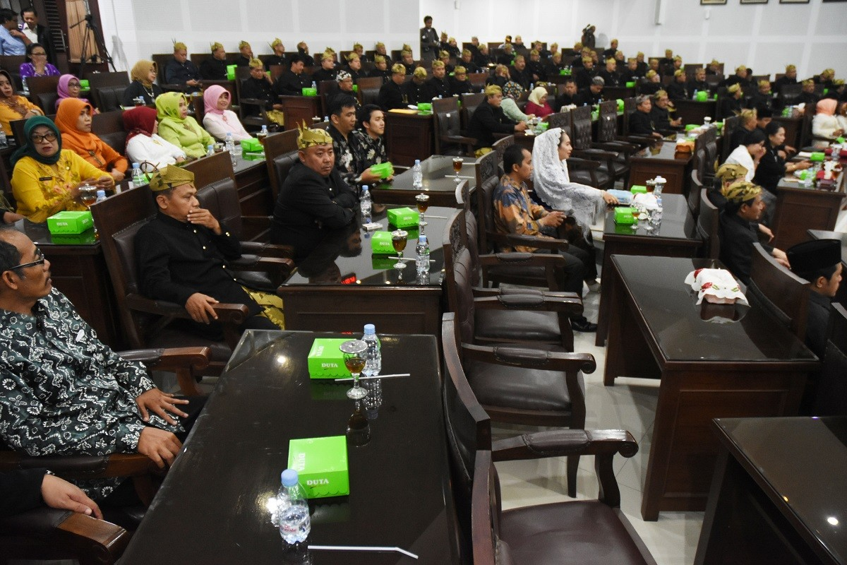 Malang Council loses 41 of 45 members to KPK detention