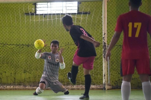 Indonesia's footless goalkeeper kicks home powerful message
