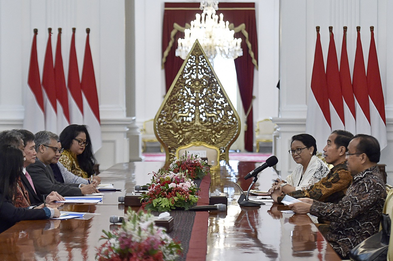 40 world leaders congratulate Jokowi on reelection, says Retno