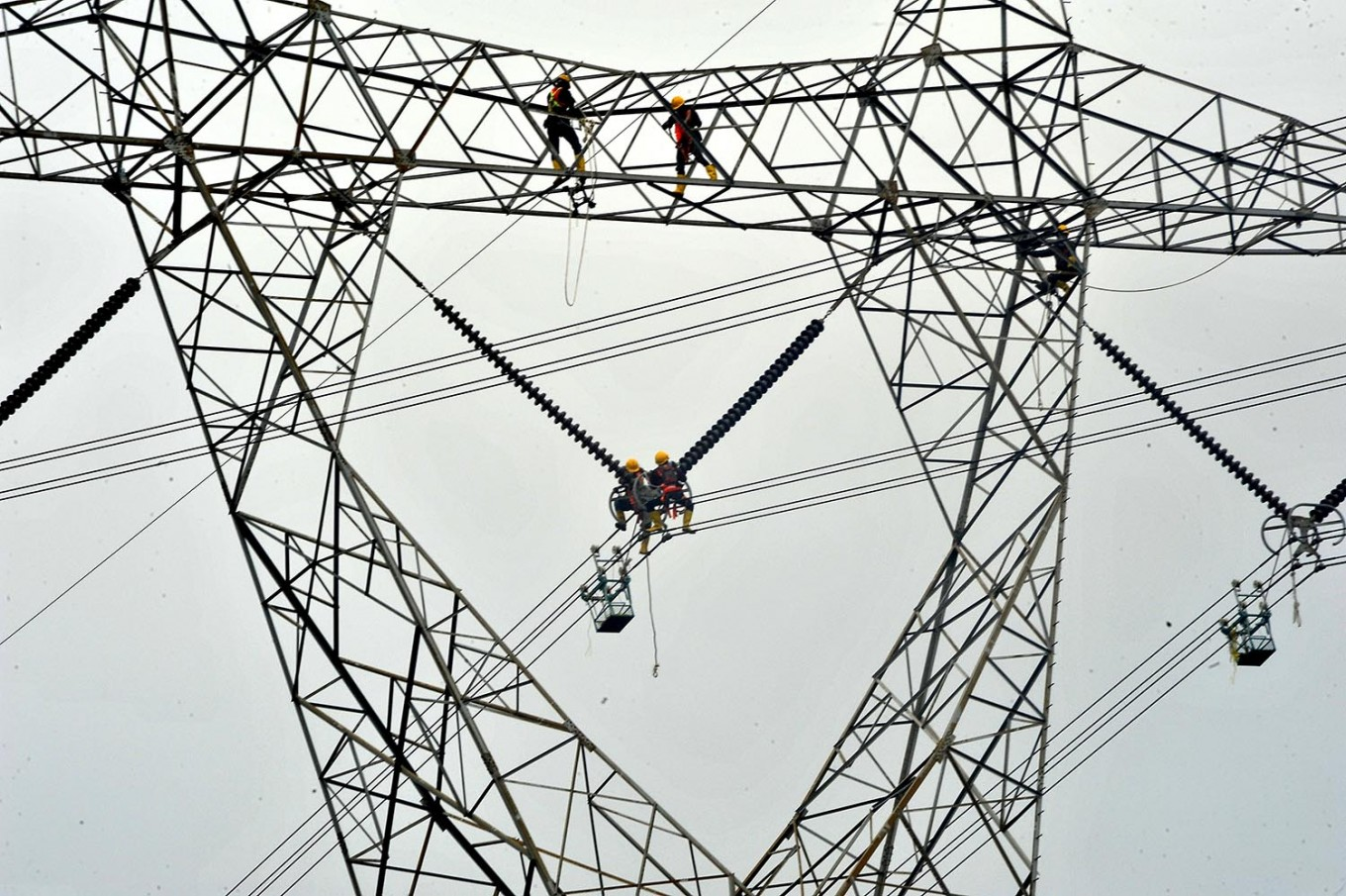 PLN increases capacity in blackout-prone regions ahead of elections