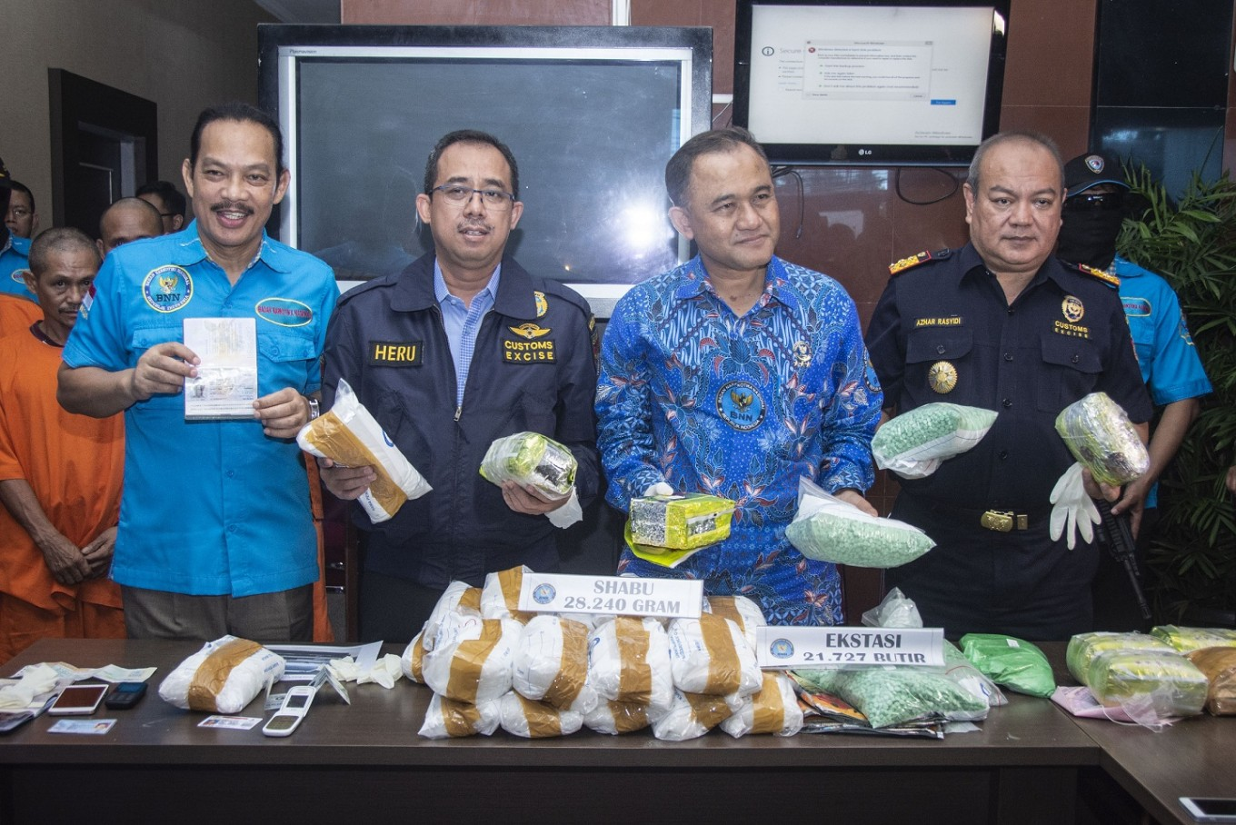 Drugs smuggling through Indonesia-Malaysia border in Kalimantan thwarted