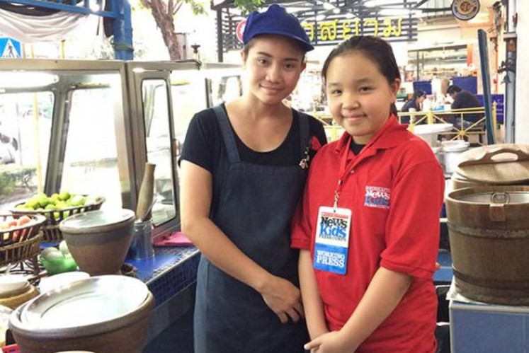 Scholastic News Kids Press Corps reporter Natcharee Chaiwongthitiku covers street food in Thailand.