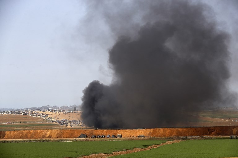 New protests, clashes on Gaza-Israel border after deadly violence