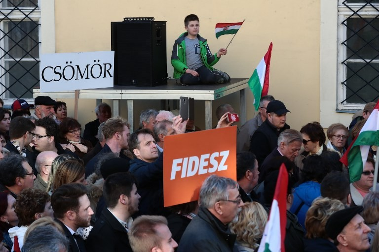 Hungarians to vote in keenly-watched poll
