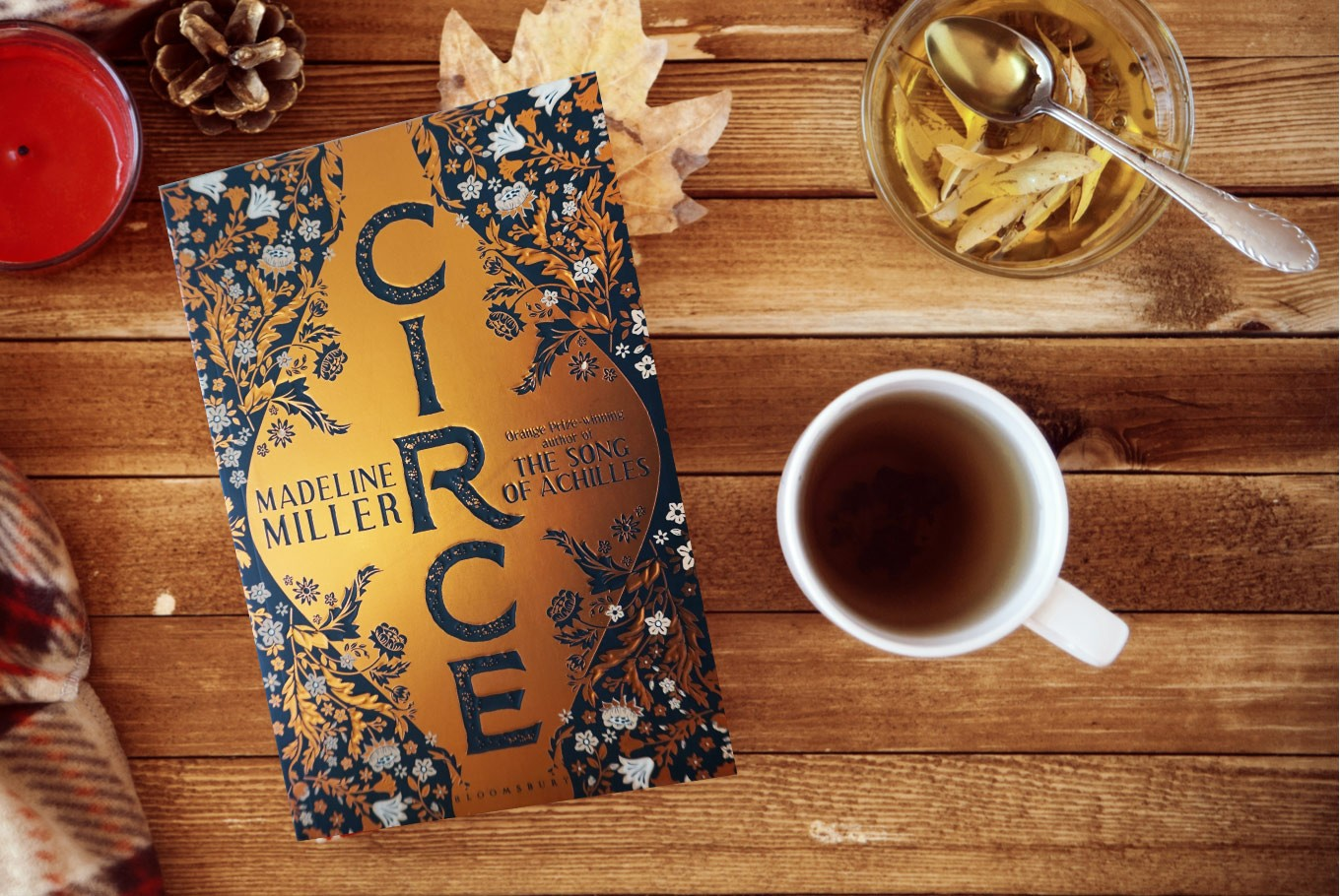 Book Review Circe Weaves Female Perspective Into Greek