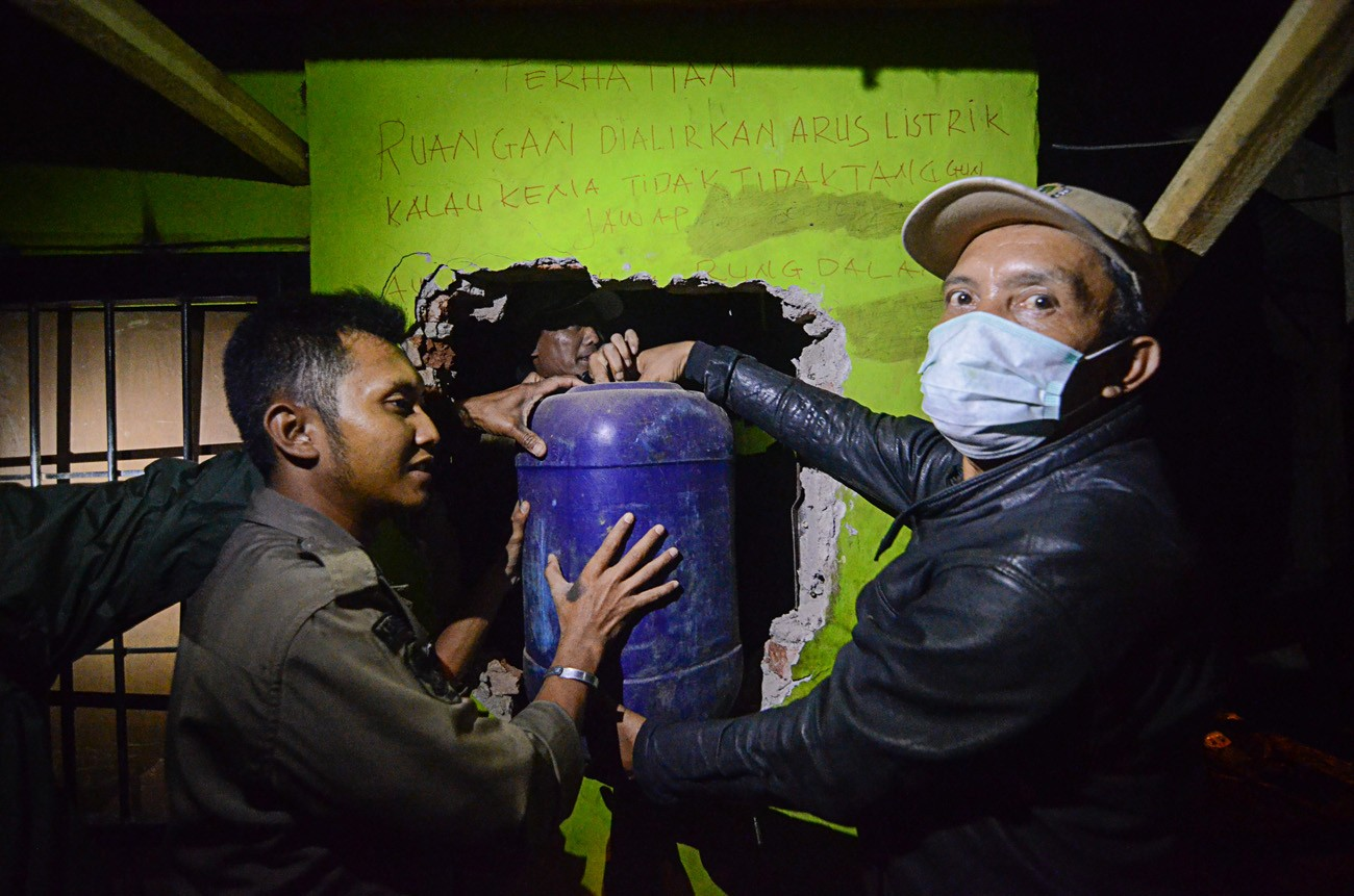 Over 60 dead in Indonesia from drinking bootleg alcohol