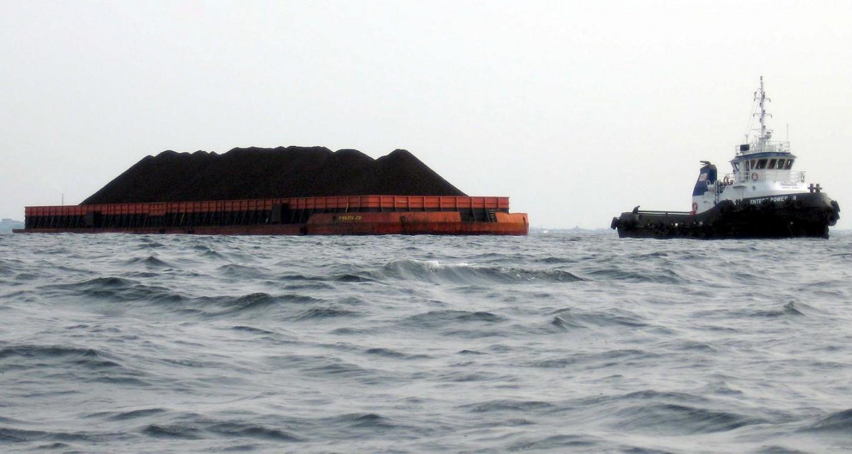 Pelindo I denies conducting illegal fuel trade in Nipah waters