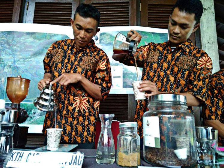 Natural products: Members of the Cibulao Hijau Forest Farming Group demonstrate forest products at Gunung Mas meeting hall in Bogor, West Java, on April 3.
