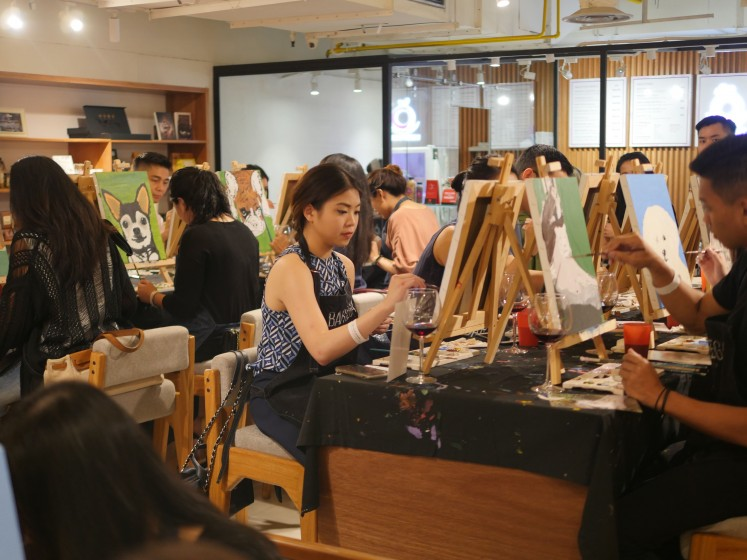 Bartega Studio invited 30 pet owners and conducted  a