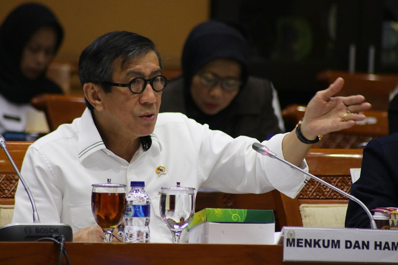 KPU cannot prohibit graft convicts from running in elections: Minister