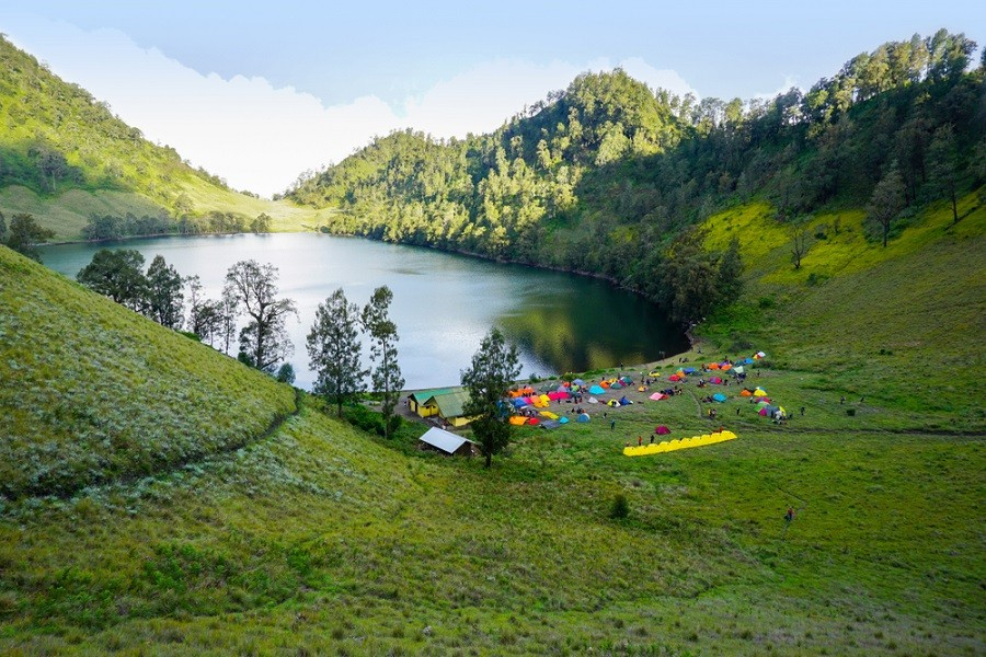 New rules for camping at Ranu Kumbolo