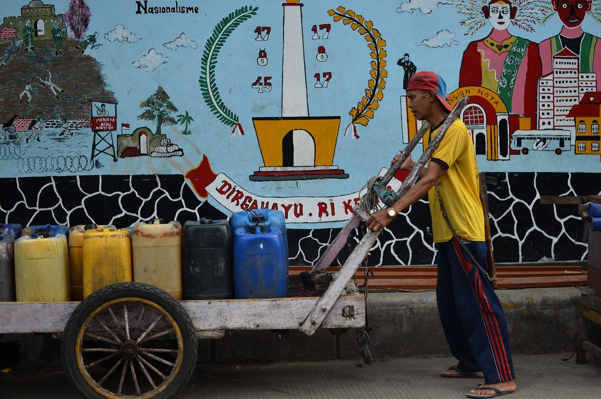 What you need to know about Jakarta's water privatization