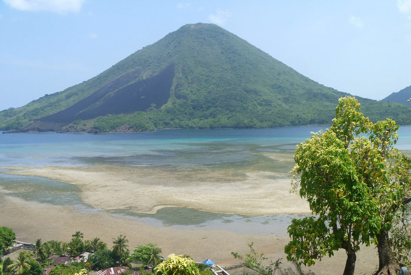 The Banda Islands: From tragedy to tranquil tourist attraction