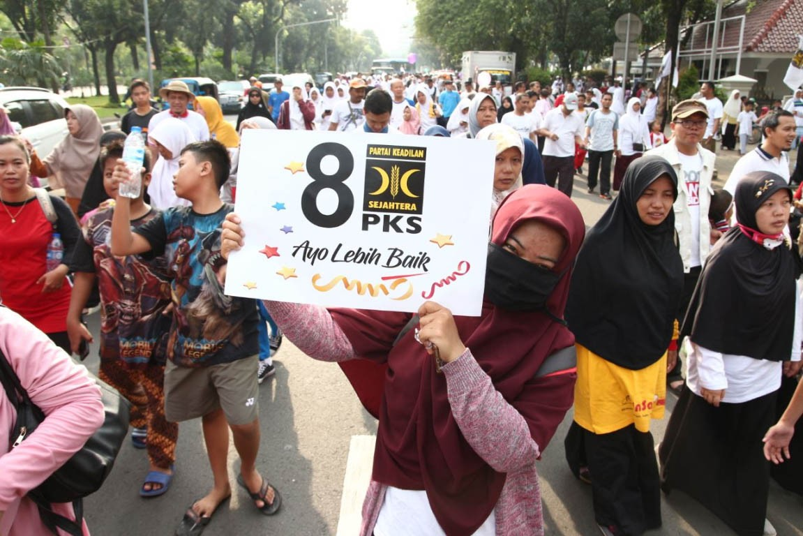 Anies lets PKS celebrates anniversary at City Hall