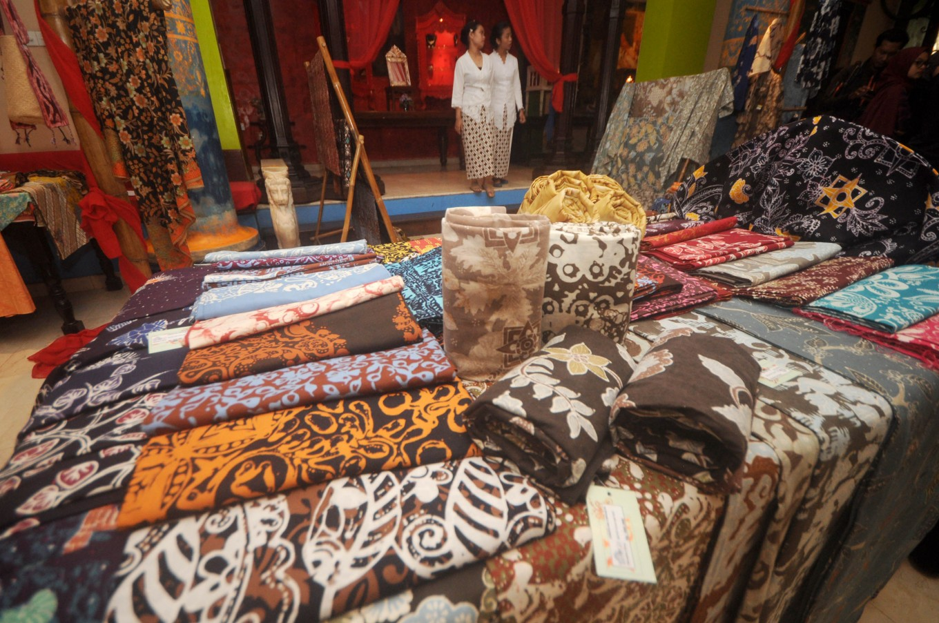Indonesian products marketed at  ASEAN street bazaar in Singapore