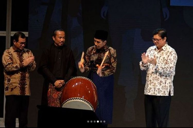 Jokowi styles own look at opening of Muffest 2018