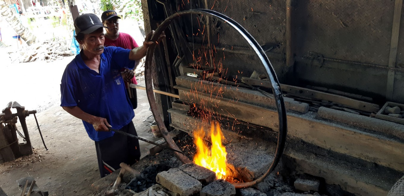 Yogyakarta's 'andong' workshops strive to survive
