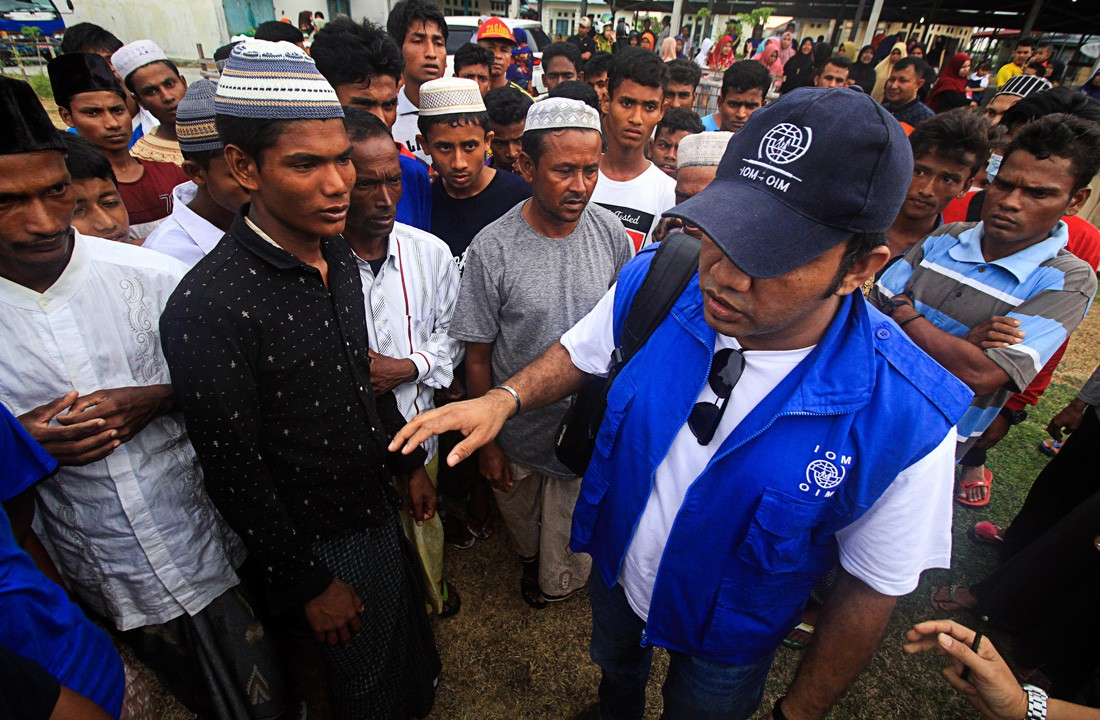 Indonesian fishermen rescue dozens of Rohingya refugees in Aceh waters