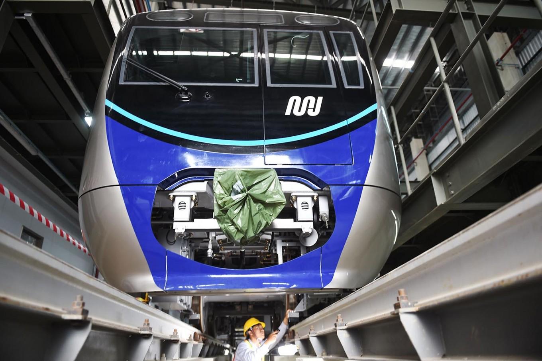 Four MRT trains arrive in Jakarta