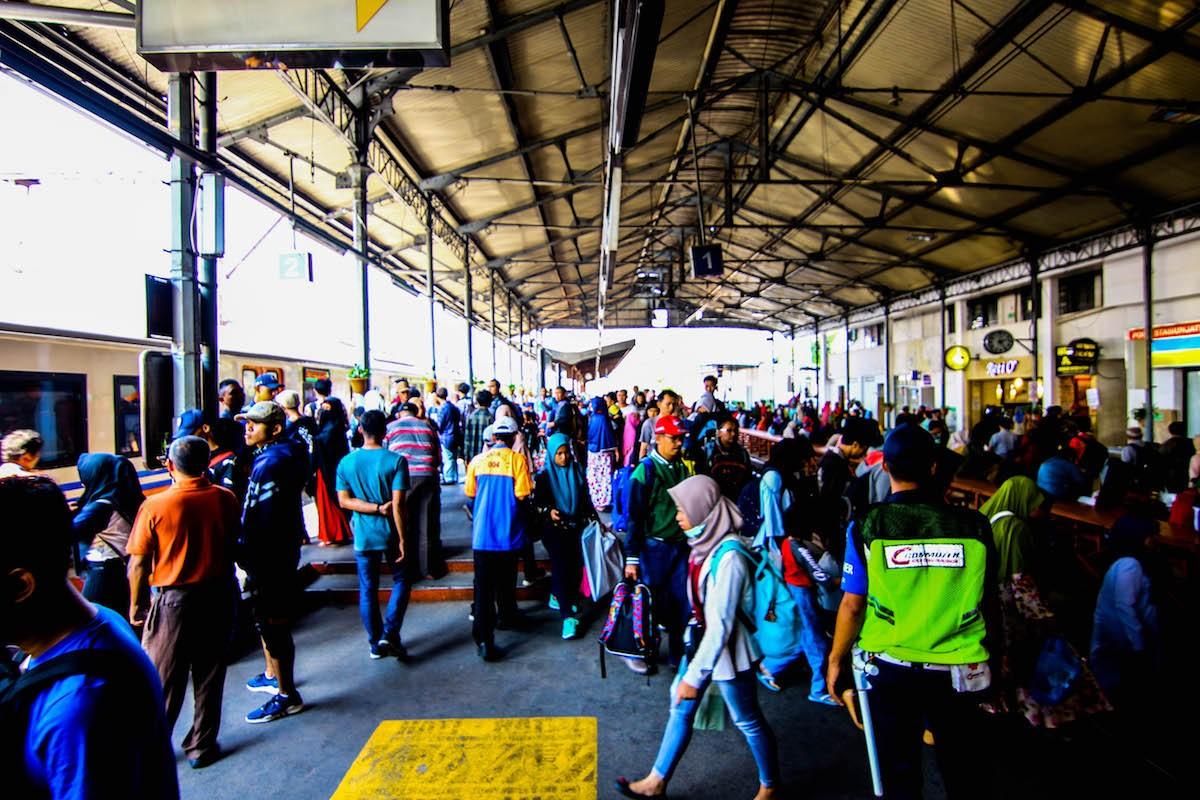 KAI adds extra Jatinegara stop to anticipate Friday's mass rally