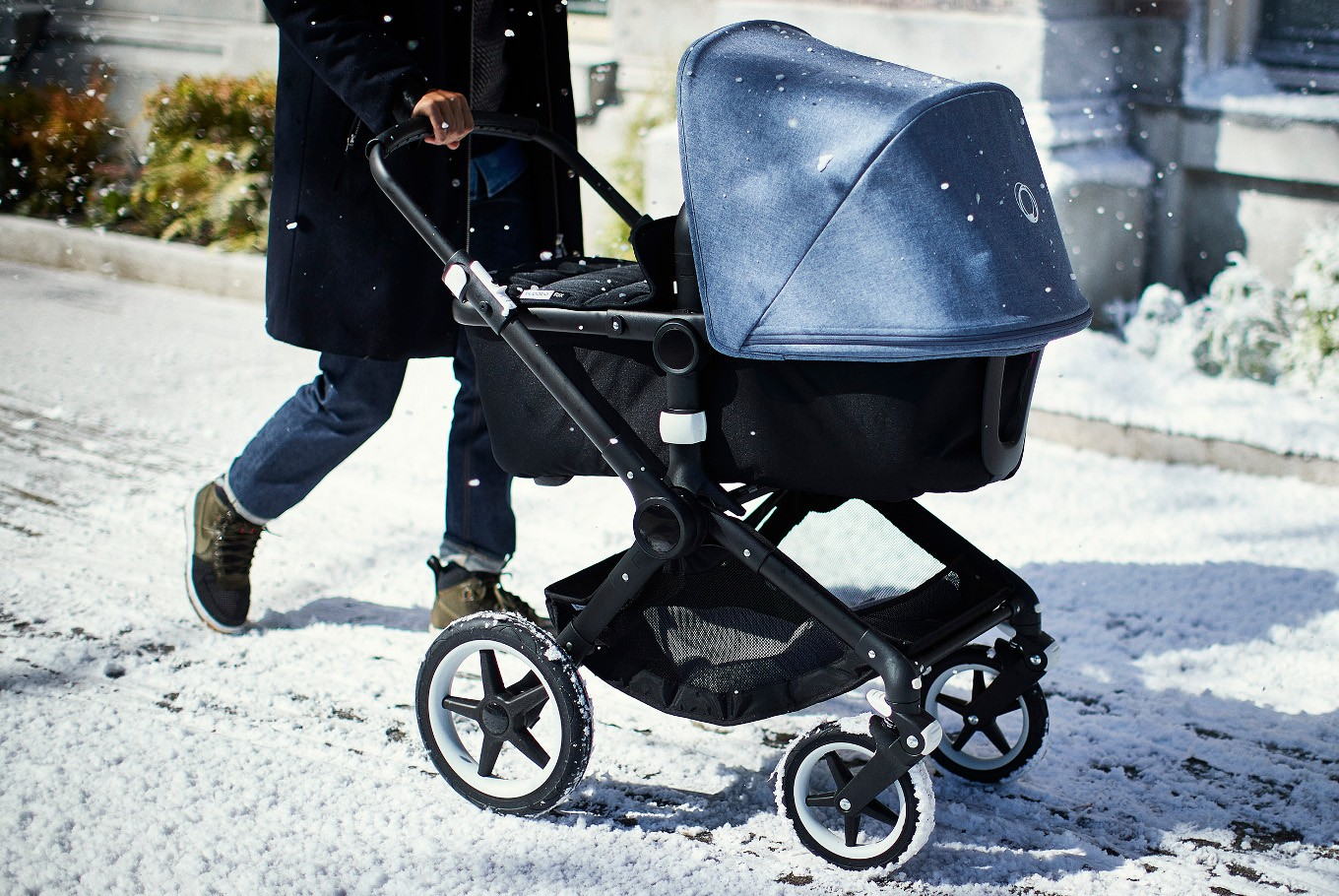 What to consider before buying a baby stroller