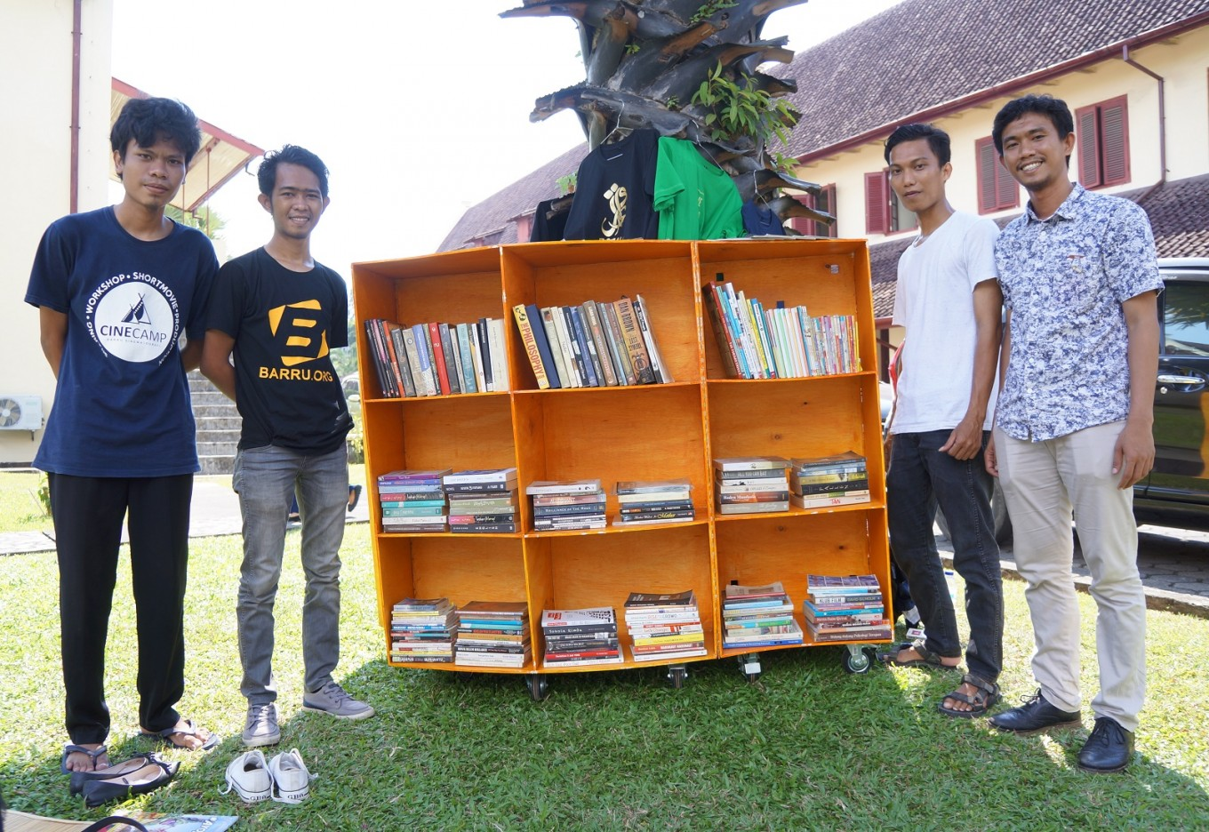 #BarruMembaca pop-up library to make reading fun again