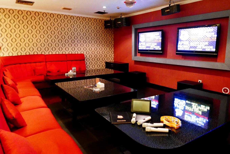 Jakpost nightlife: Karaoke lounges