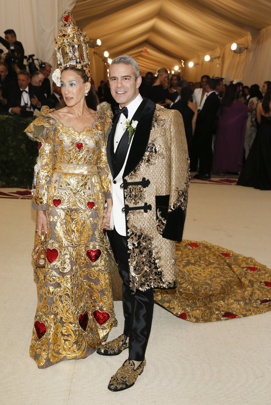 Sarah Jessica Parker and Andy Cohen arrive at the Metropolitan Museum of Art Costume Institute Gala (Met Gala) to celebrate the opening of 'Heavenly Bodies: Fashion and the Catholic Imagination' in the Manhattan borough of New York, U.S., May 7, 2018.