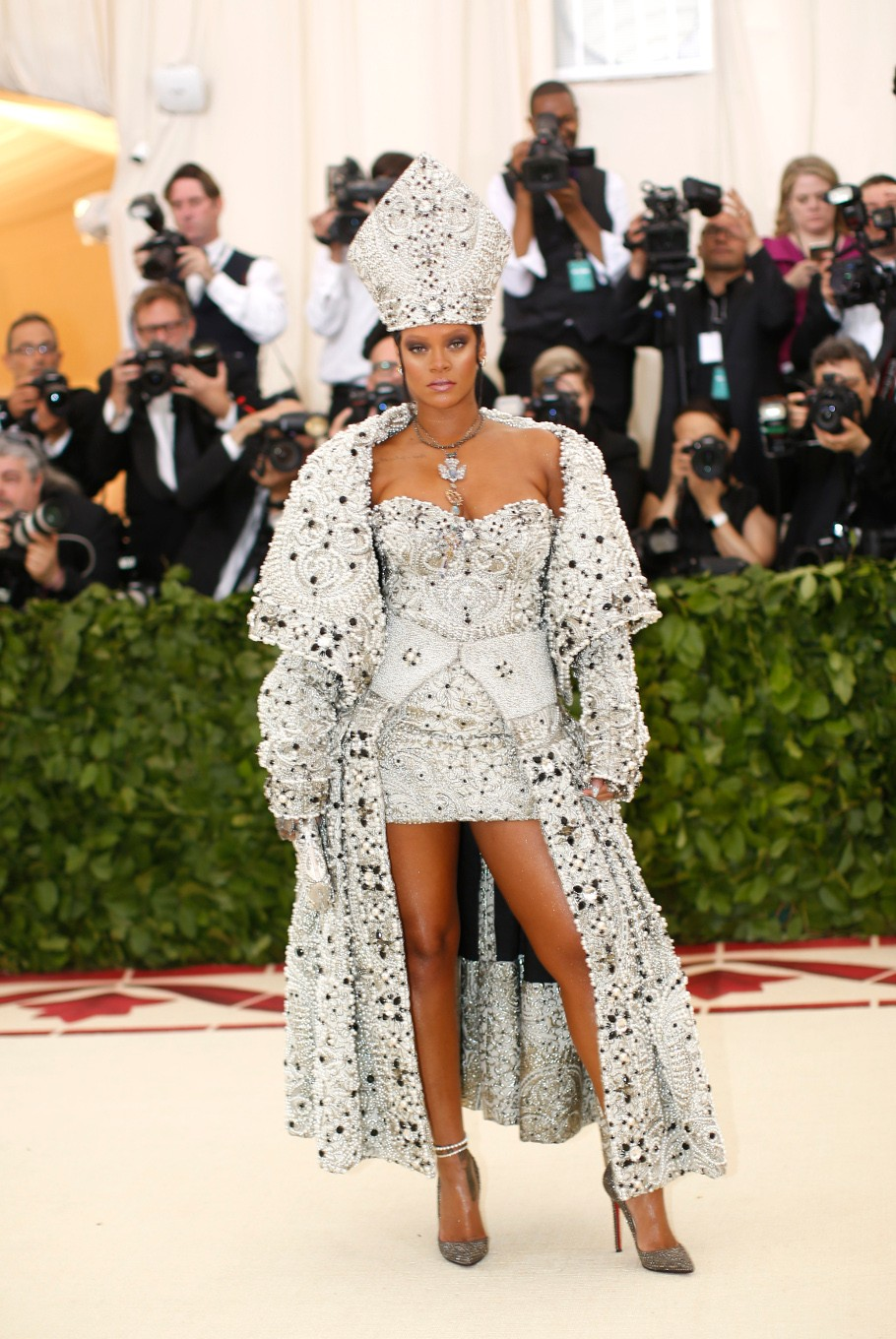 Singer Rihanna arrives at the Metropolitan Museum of Art Costume Institute Gala (Met Gala) to celebrate the opening of 'Heavenly Bodies: Fashion and the Catholic Imagination' in the Manhattan borough of New York, U.S., May 7, 2018.