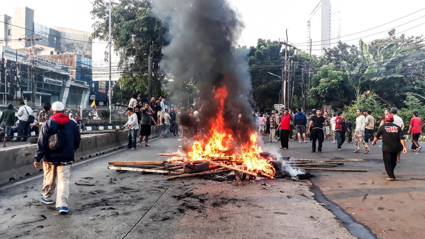 Military evicts residents from South Jakarta housing complex