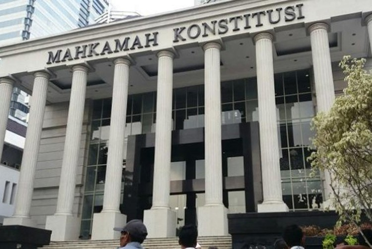 Chinese-Indonesian student challenges ban on 'non-pribumi' land ownership in Yogyakarta