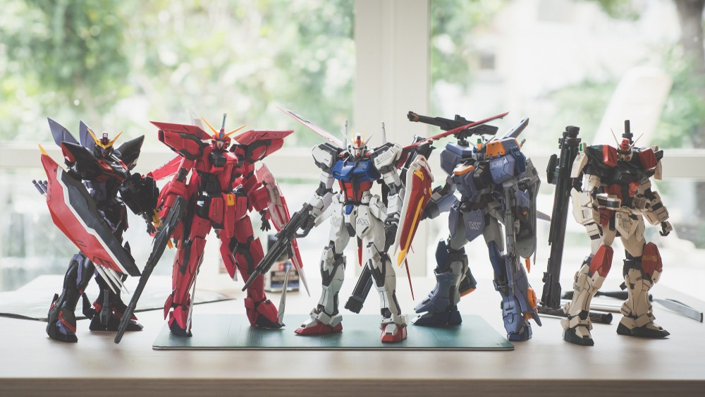 Toy exhibition featuring plastic Gundam models opens in Shizuoka