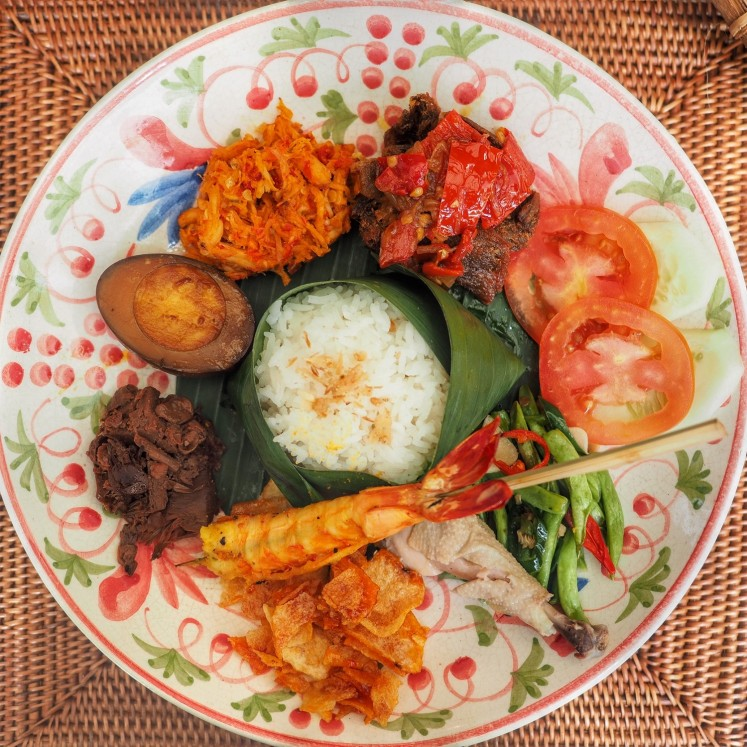 'Nasi campur' Dharmawangsa was created based on the philosophy of wellness, as the hotel collaborated with a local farm to get the fresh organic vegetables.