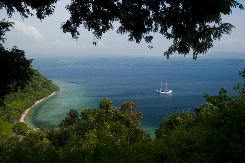 Authority probes Facebook ad selling Indonesian island for Rp 250b