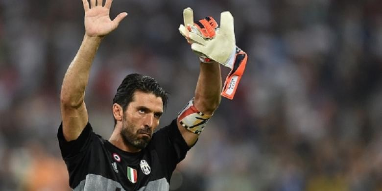 Buffon banned for three matches after referee comments