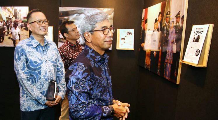 Headliners: Photo exhibit showcases 35-year journey
