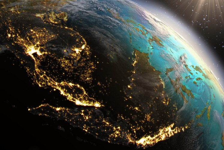 Insight: Managing rising risks to keep the global economy on course
