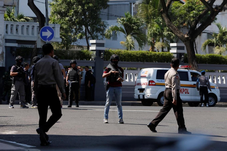 Surabaya church bombing victim buried in Surakarta