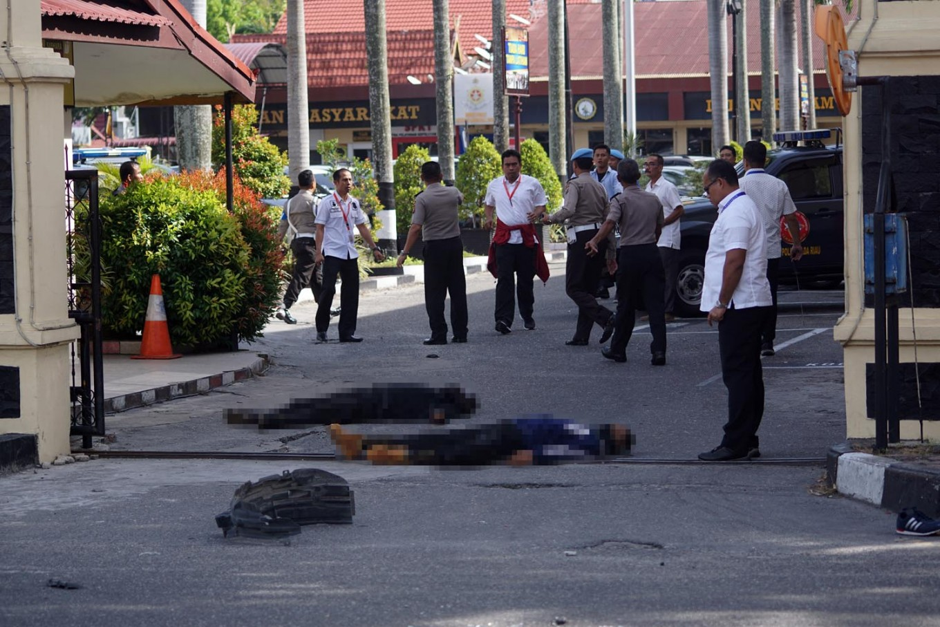Eight suspected terrorists arrested over Riau Police attack