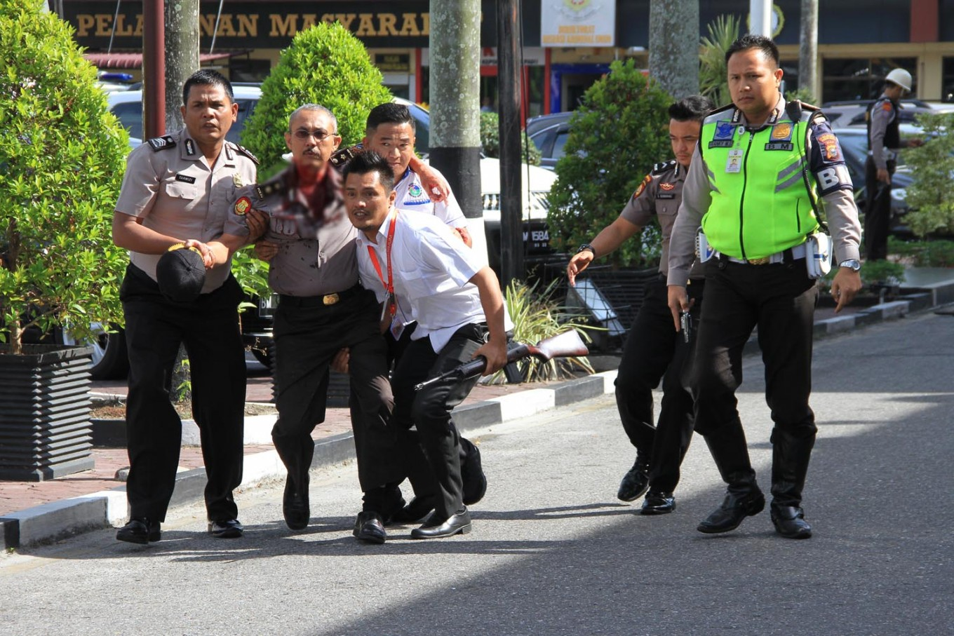 Pontianak airport beefs up security after terror attacks