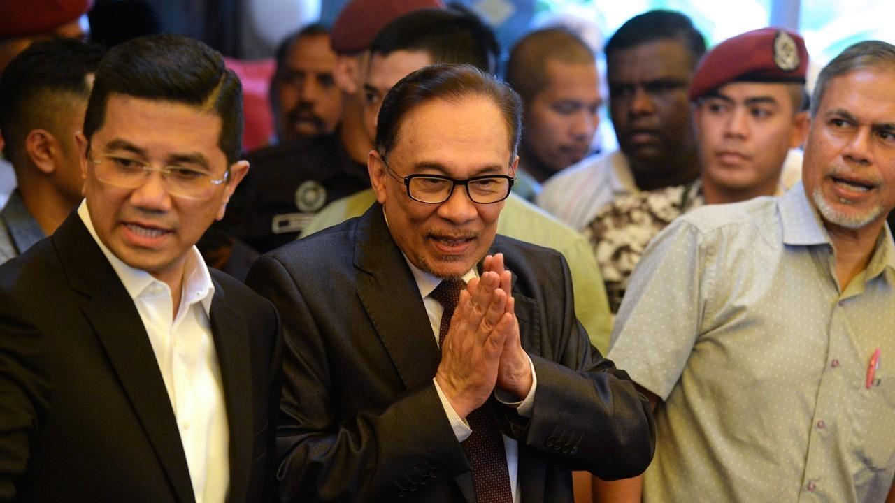 Anwar Ibrahim: Indonesia visit to celebrate 'Reformasi'