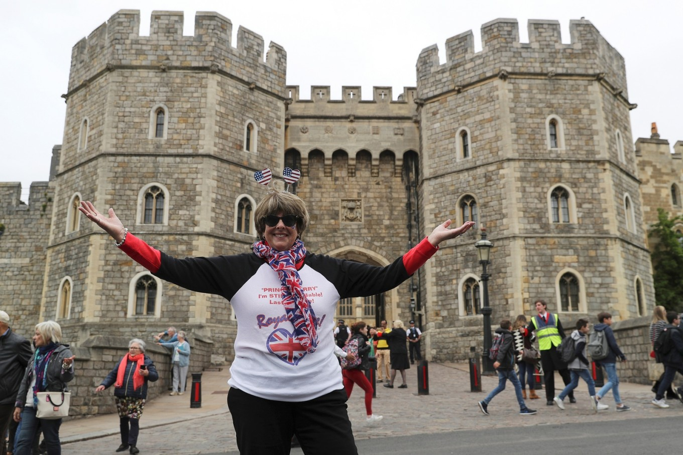 American 'super-fan' to sleep on Windsor streets for glimpse of royal couple