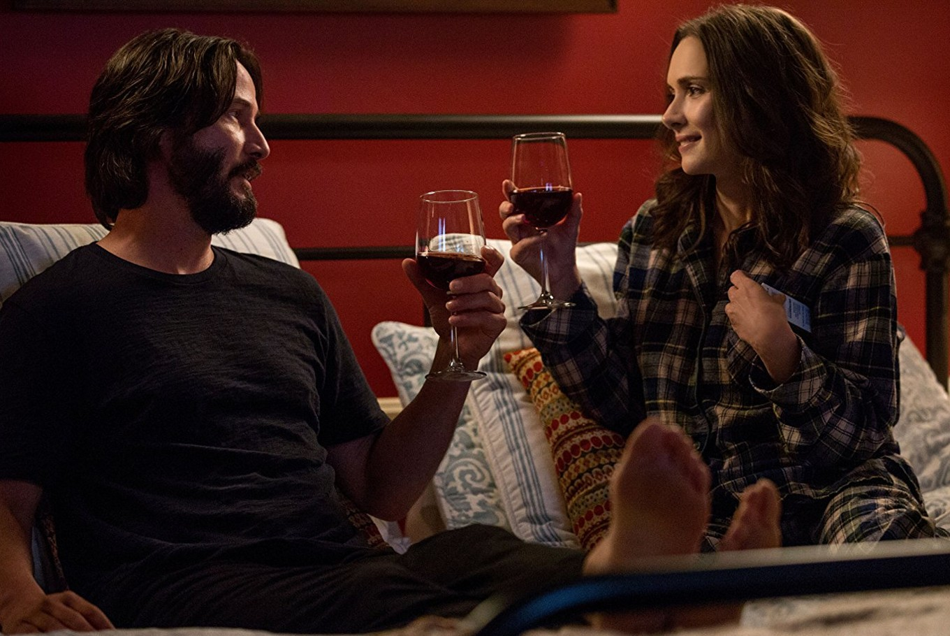 Keanu Reeves, Winona Ryder reunite in 'Destination Wedding'