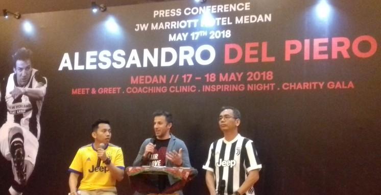 Del Piero visits Medan, thanks to Radja Nainggolan